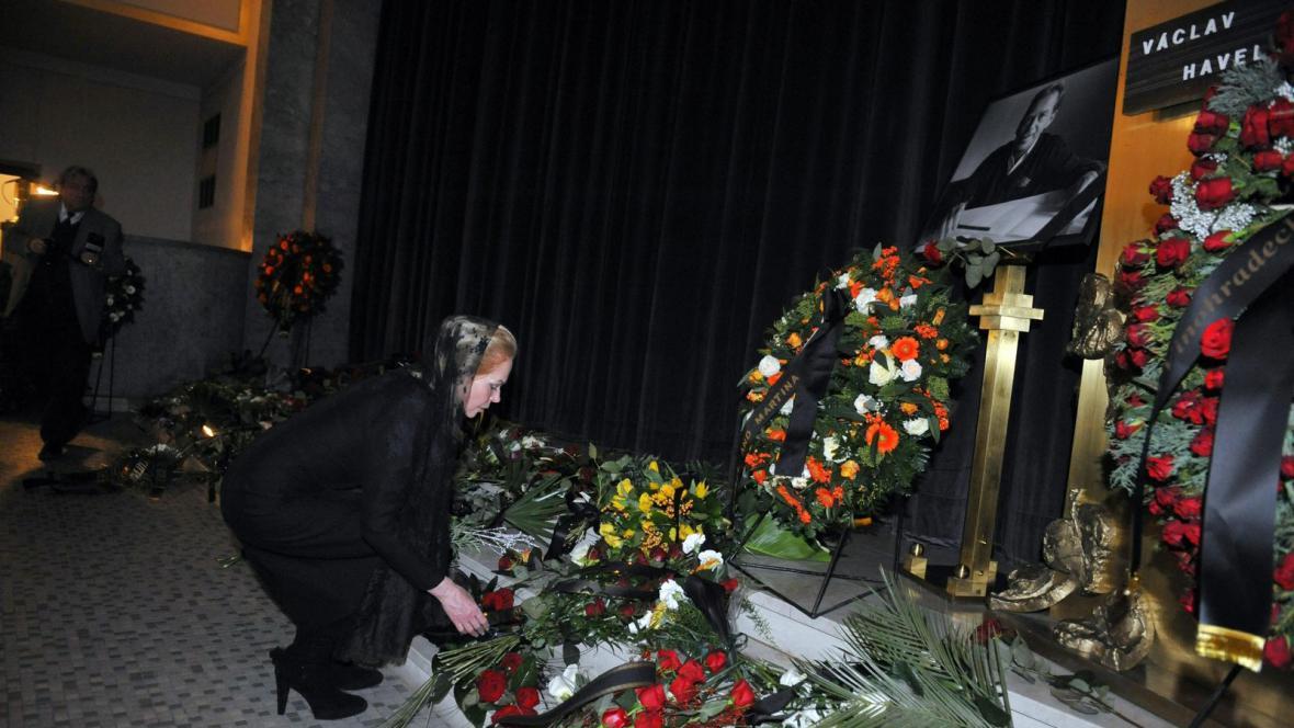 Dagmar Havlová se loučí se svým manželem