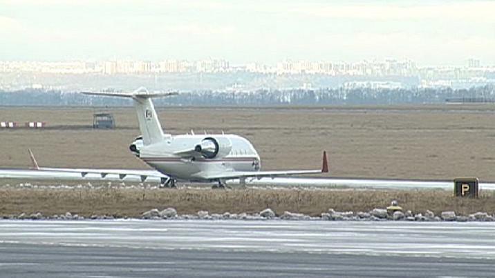 Letadlo na letišti