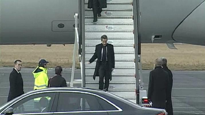 Na pohřeb přiletěl Nicolas Sarkozy
