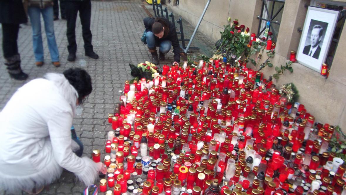 Pietní akce ve Zlíně v den pohřbu Václava Havla