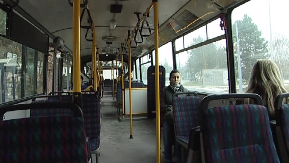 Některé vozy brněnského MHD se v poledne zastavily