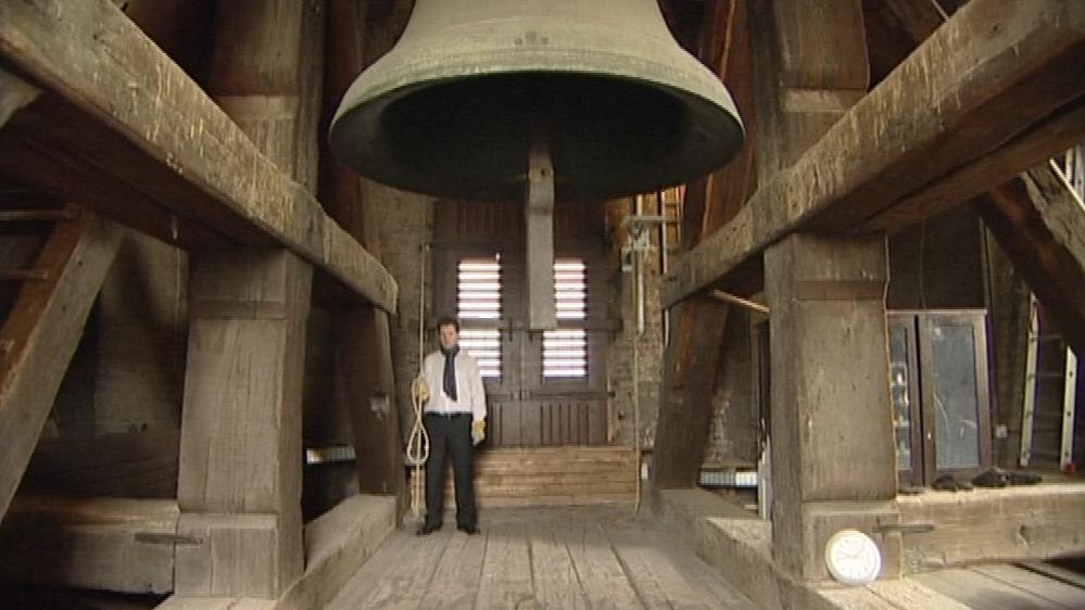 Památku Václava Havla uctilo zvonění zvonů