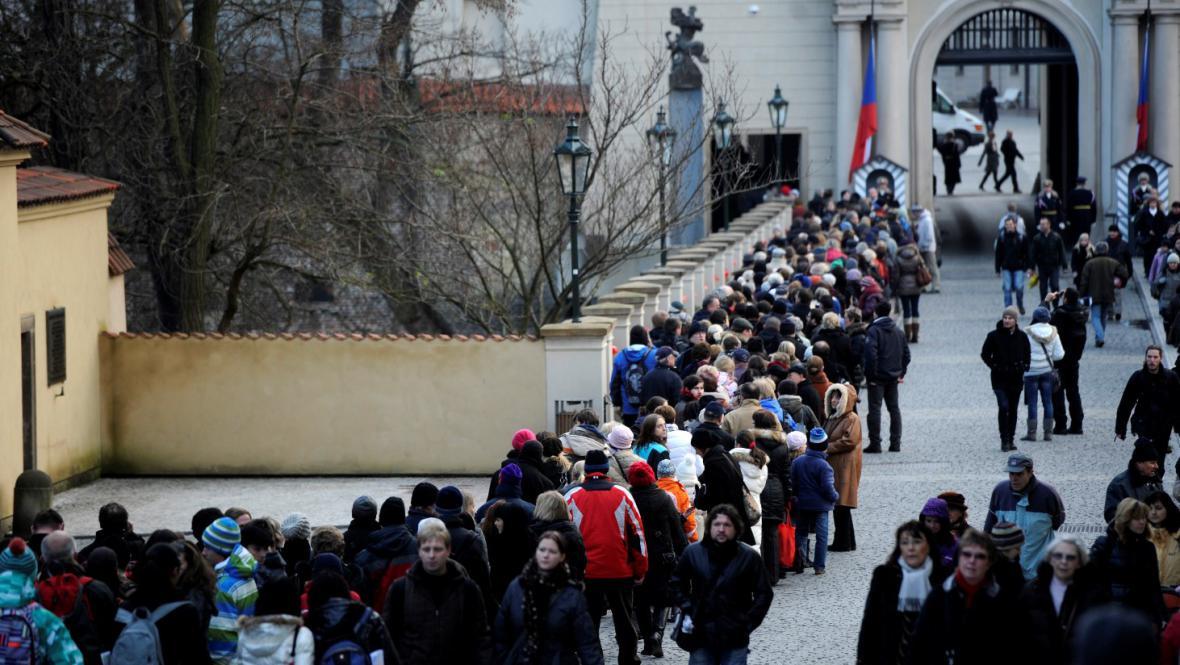 Fronta do Vladislavského sálu