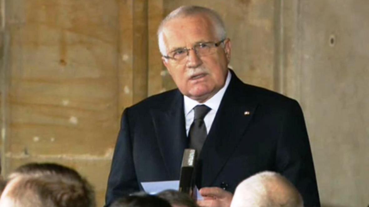Václav Klaus při smutečním projevu