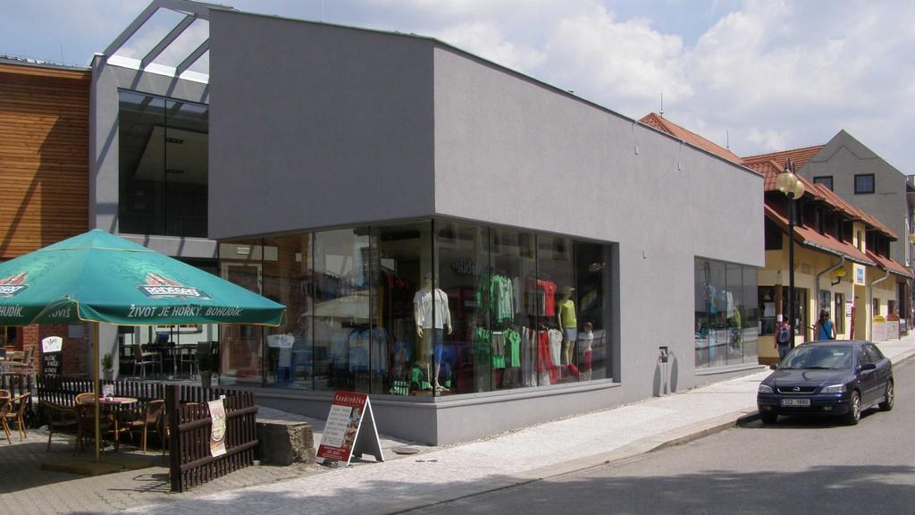 Obchodní dům v Rožnově pod Radhoštěm