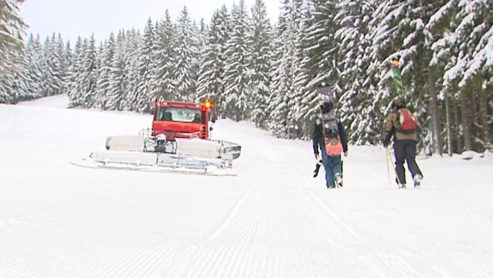 Pro lyžaře se otevírají další střediska