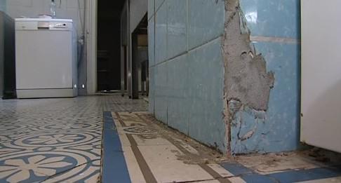 Havarijní stav interiéru vily