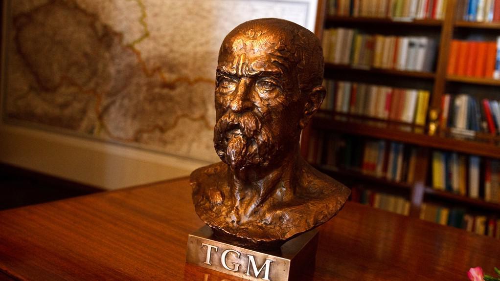 Busta prvního československého prezidenta TGM