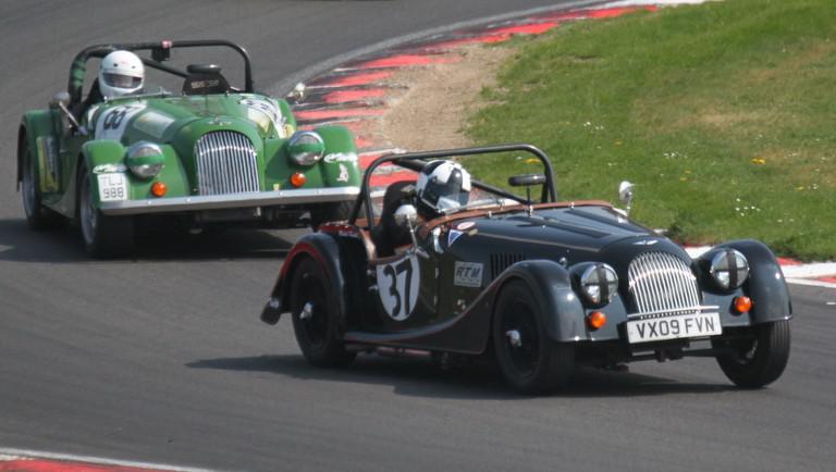 Michal Pavlík na závodu v Brands Hatch