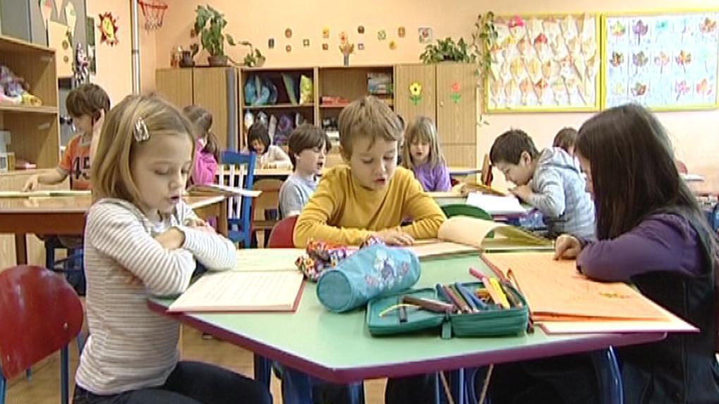 Děti dojíždějí do náhradních škol