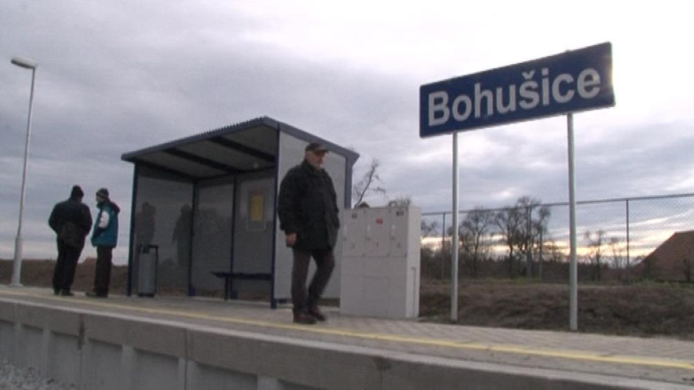 Bohušice mají novou železniční zastávku