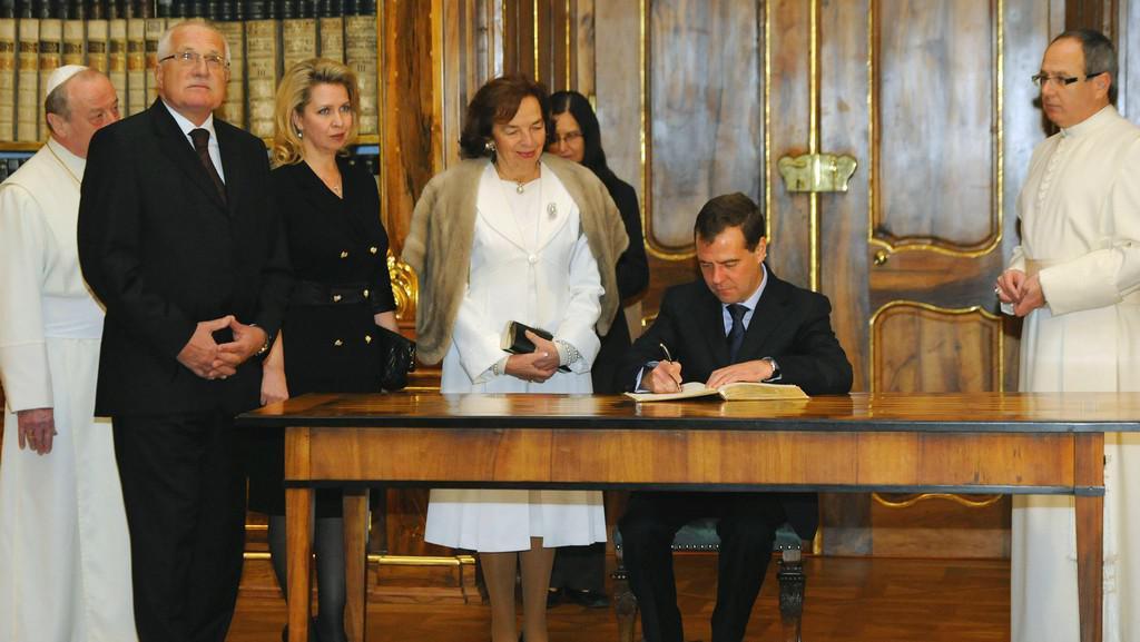 Český a ruský prezidentský pár ve Strahovském klášteře