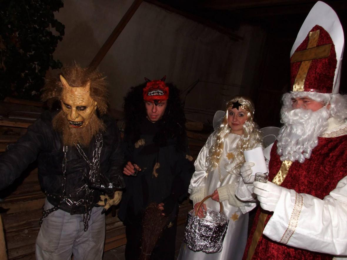 Mikuláš, anděl a čerti v Třebkově na Písecku