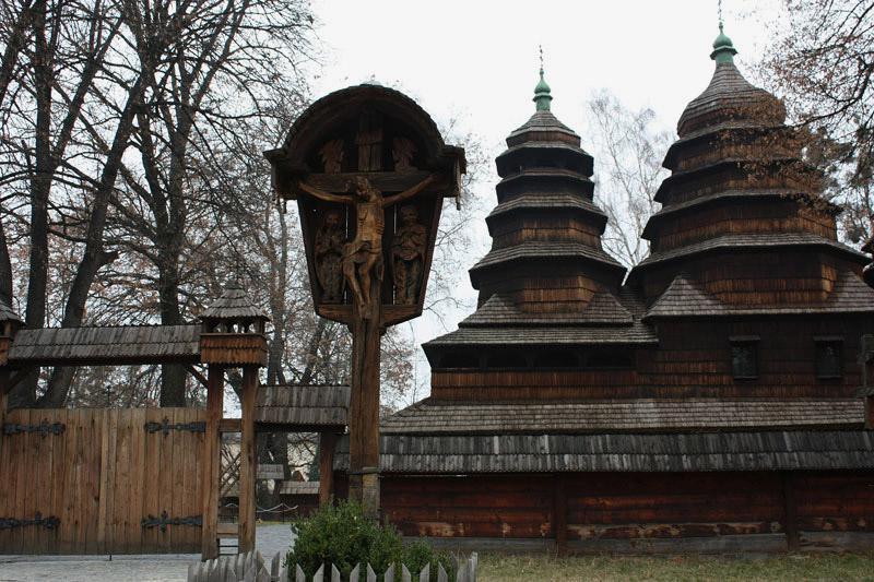Dřevěný kostel ve lvovském skanzenu