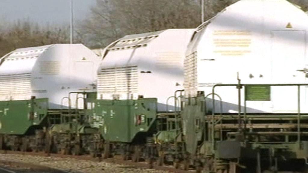 Vlak s vyhořelým jaderným palivem