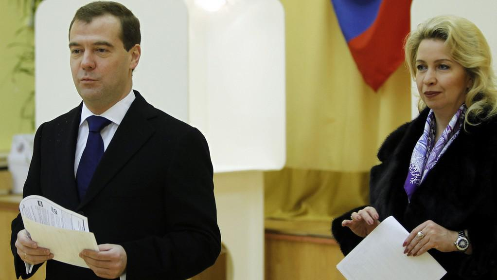 Dmitrij Medvěděv s manželkou