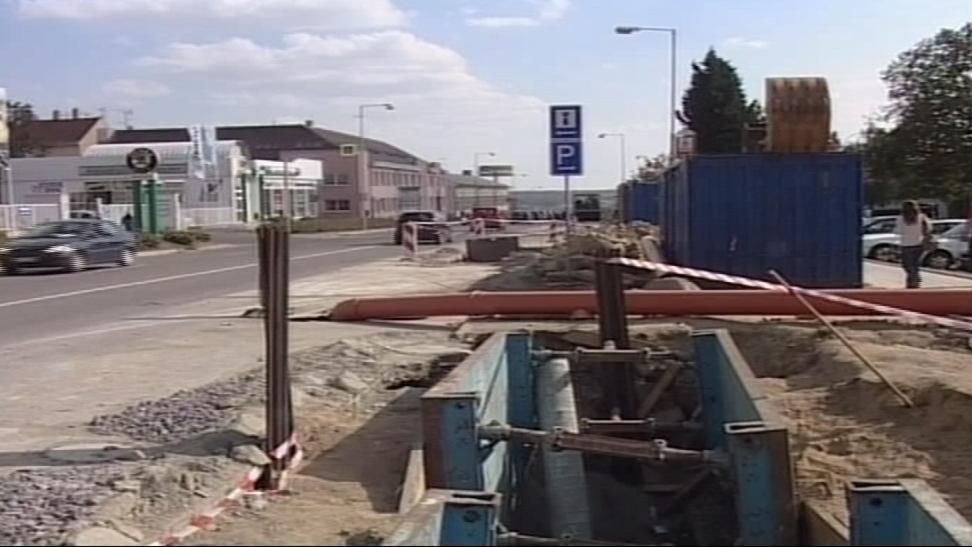 Rekonstrukce kanalizace ve Znojmě v roce 2003