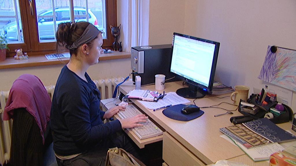 Úřednice u počítače