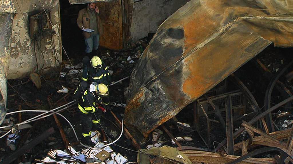 Výrobní hala po požáru
