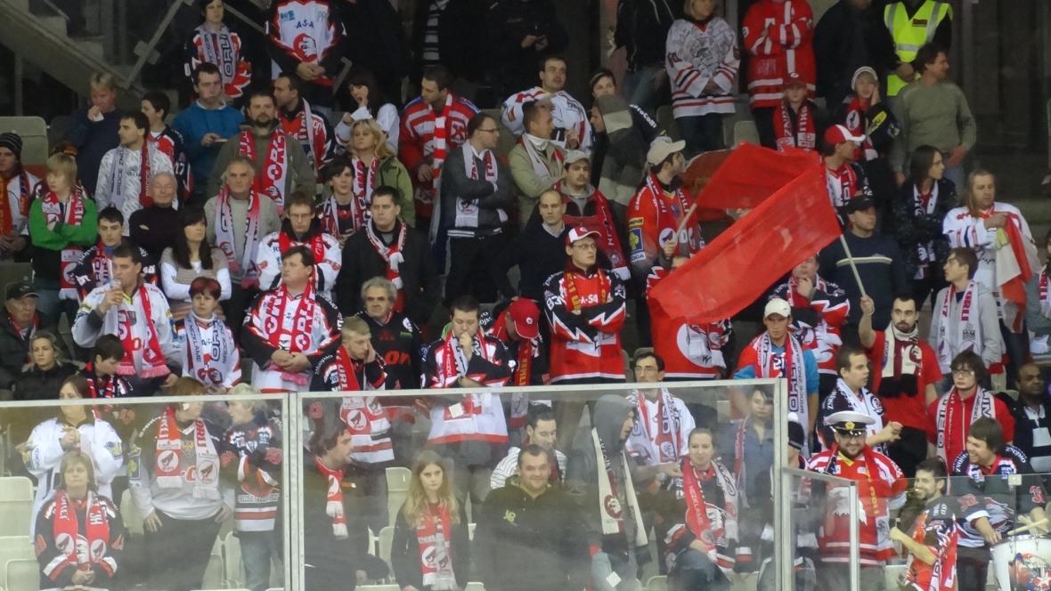 Fanoušků Znojma do Vídně dojely asi tři stovky