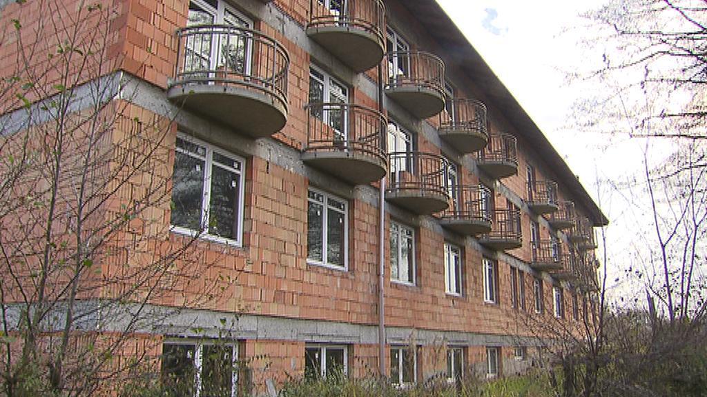 Nedostavěný dům seniorů