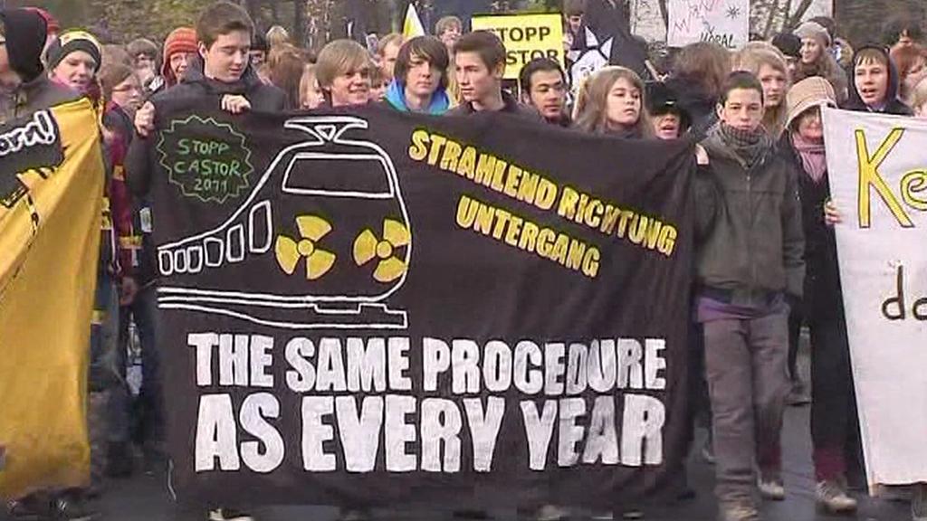 Demonstrace proti jadernému transportu