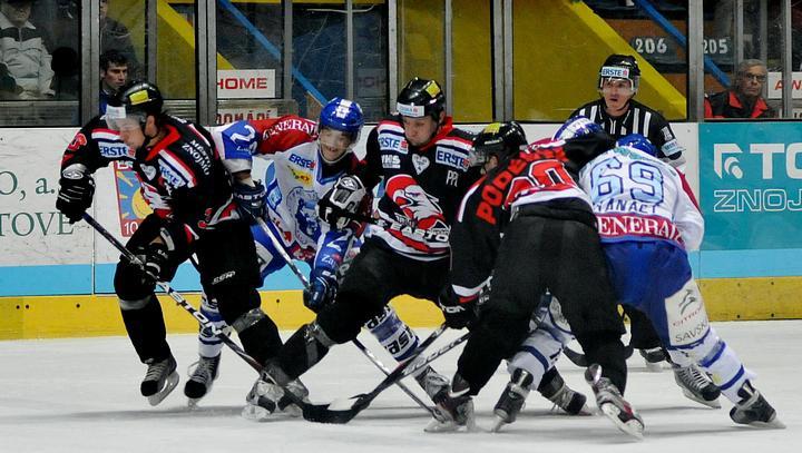 Za chorvatský tým nastupuje několik Kanaďanů