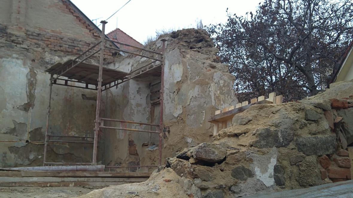 Zbytky gotického domu v centru Znojma