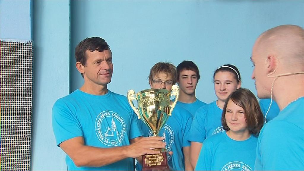 Znojemští plavci obhájili loňský domácí titul
