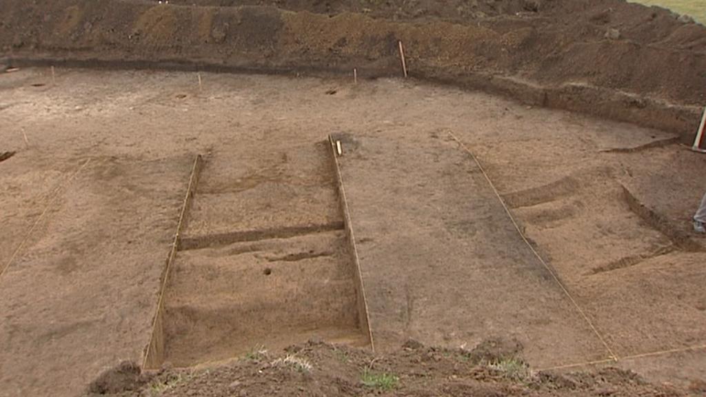Odkryté hroby z doby bronzové