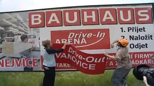 Nesehnutí a obyvatelé Brna-Ivanovic jsou proti stavbě Bauhausu