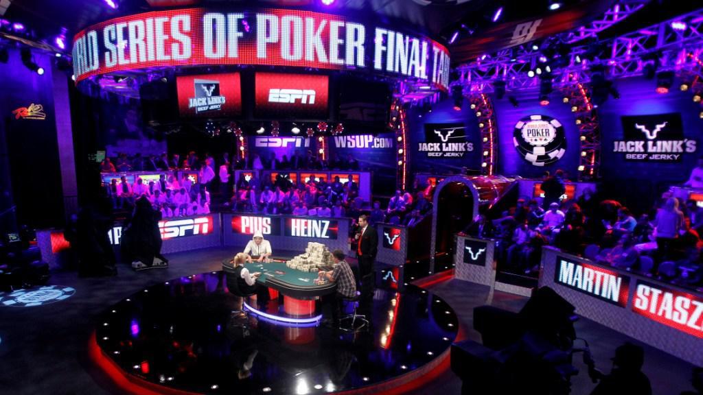 Las Vegas sleduje finále Světové série v pokeru