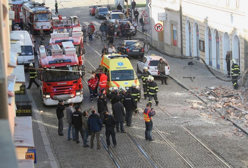 V Olomouci se zřítil dům