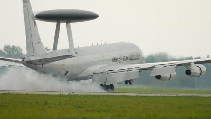Letoun AWACS