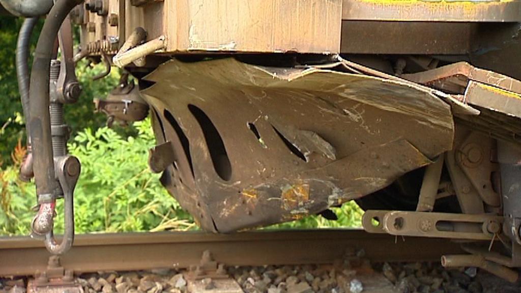 Lokomotiva po srážce s autem