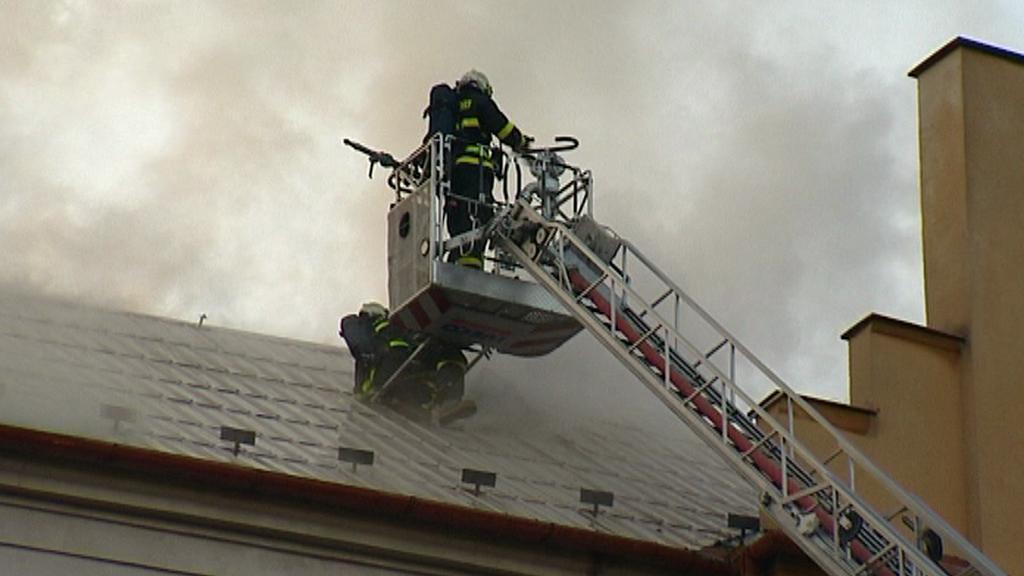Požár obchodního domu ve Fulneku