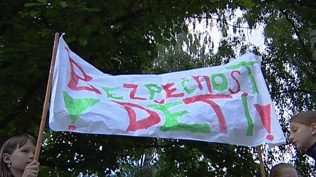 Demonstrace za bezpečnost školáků