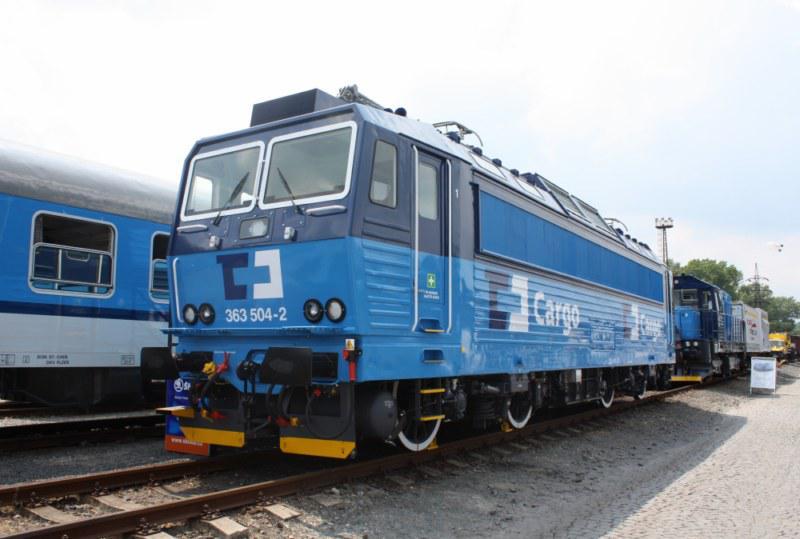 Dvousystémová lokomotiva