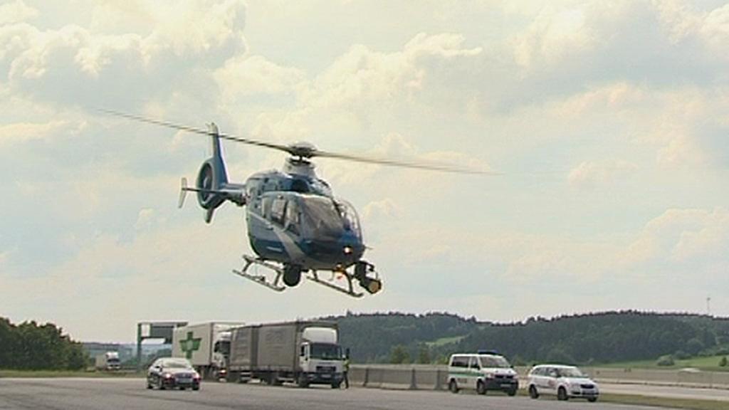 Vrtulník při kontrole provozu