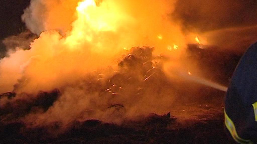 Požár pneumatik v Jihlavě-Henčově