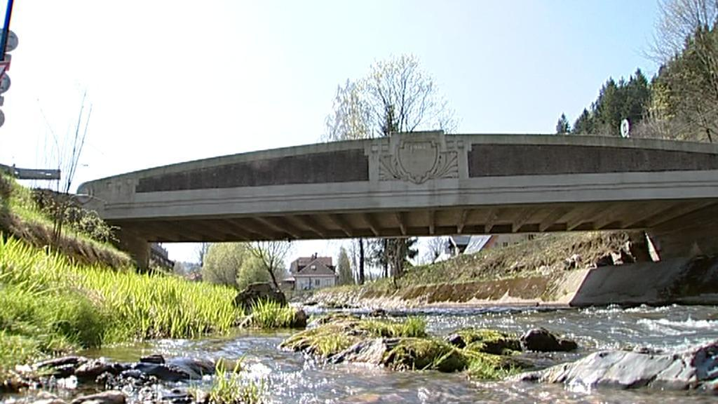 Betonový most