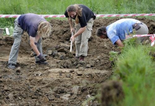 Archeologové u Dobronína