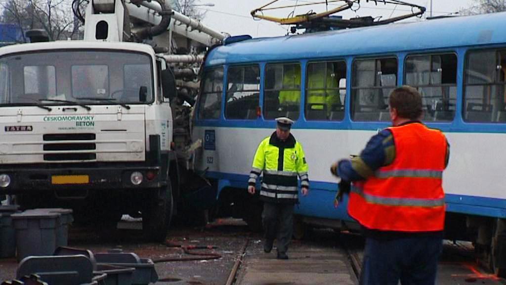 Střet Tatry s tramvají