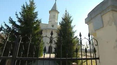 Poddolovaný kostel