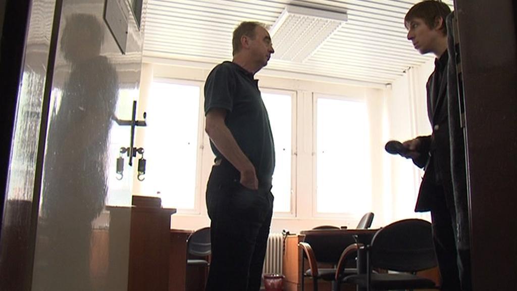 Redaktor ČT marně žádá o rozhovor představitele firmy
