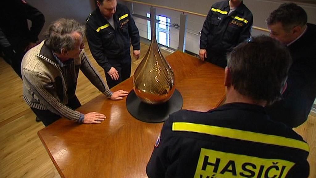 Instalace zlaté slzy v Ostravě