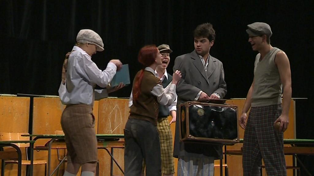 Mladí divadelníci