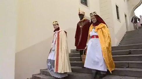 Tři králové vyrazili koledovat pro Charitu
