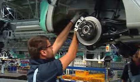 Práce v automobilce