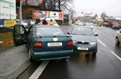 Auto bez řidiče - vlevo